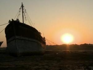 Anti-Piracy Ban Hits Shipbuilders